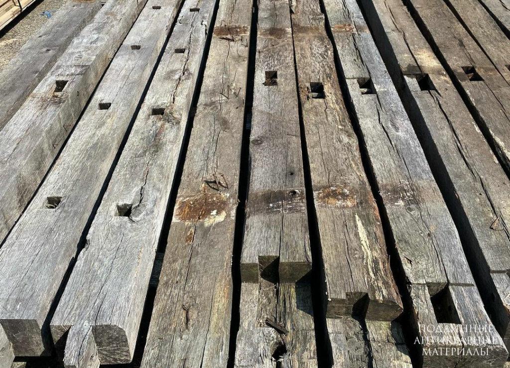 старые деревянные балки